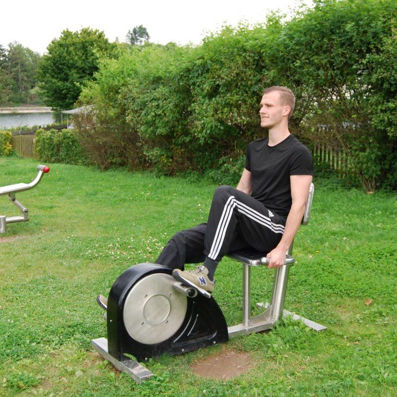 Outdoor Sportgerät - Sitzfahrrad